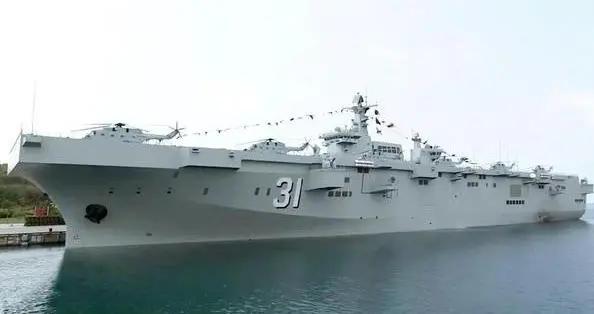 解放军075两栖攻击舰服役 台退将扬言一枚雄风导弹就搞定