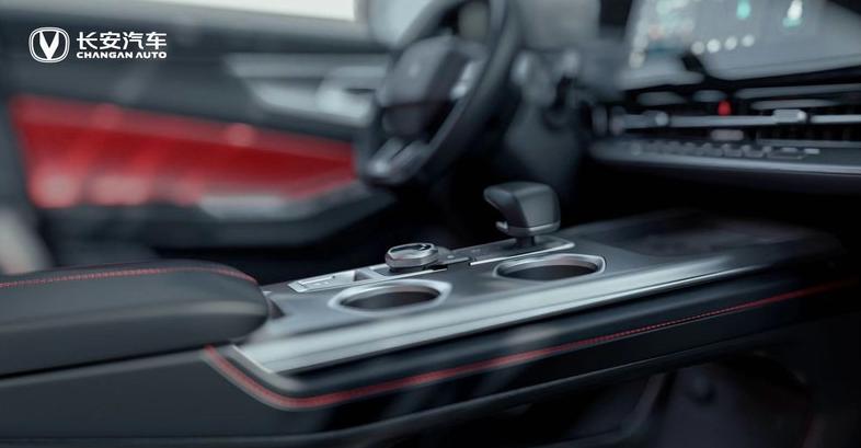 轴距加长6mm、搭载1.5T发动机 新款长安CS55 PLUS将于9月上市