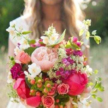 心理测试:选一个你喜欢的捧花,测你会不会成为拜金女?