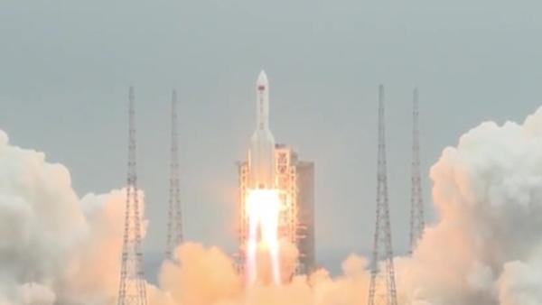 天和核心舱成功升空,明年问天实验舱和梦天实验舱也将发射