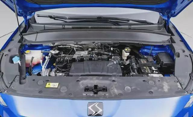 思皓X8旗舰智尊版售16.98万元,定位顶配车型