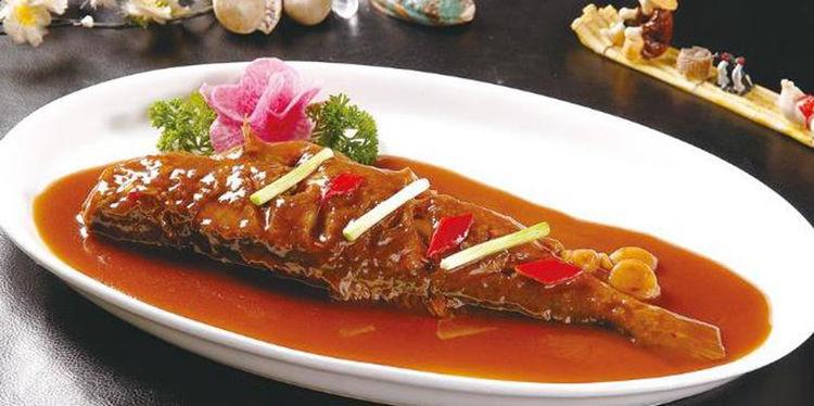 美食:虎皮蛋肉片炒花菜,肉末蒸豆腐,湖南小炒肉,醋熘黄鱼