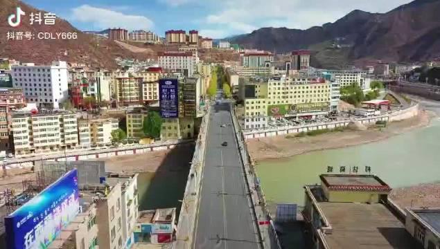 大美西藏,从昌都开始! 您与传奇昌都只差一场旅行!