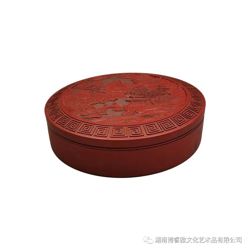 品鉴:剔红漆器山水人物盖盒