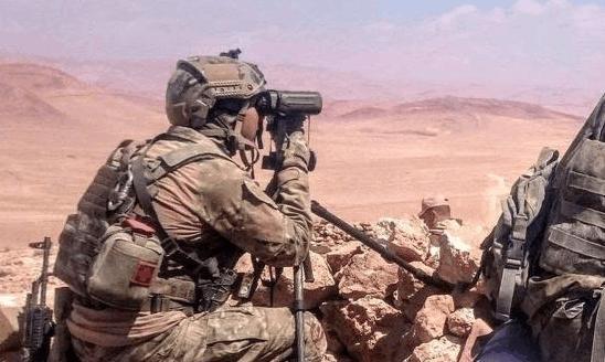 打了一场翻身仗!叙军坦克旅采取迂回战术,叛军全力反抗死伤惨重