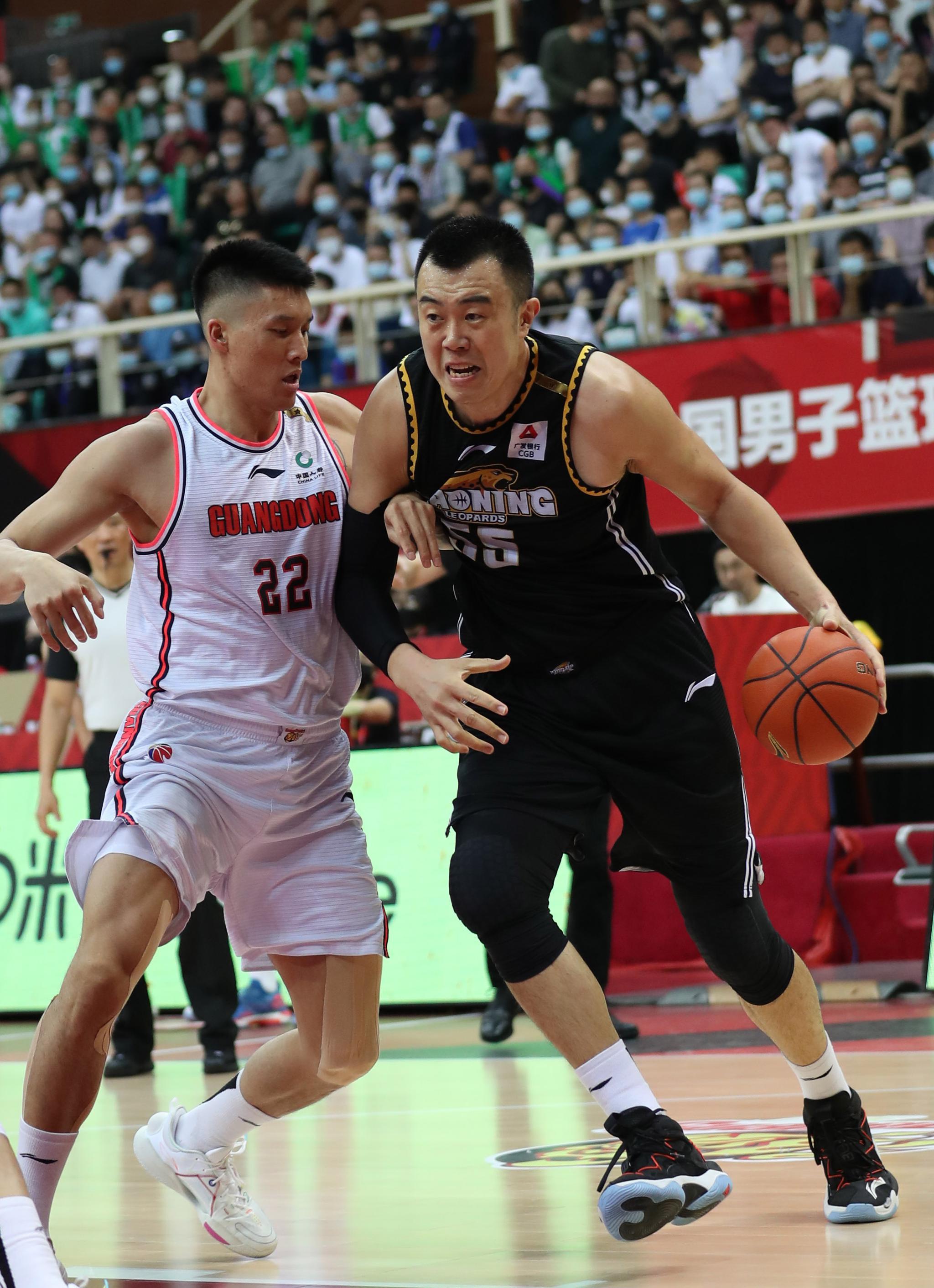篮球——CBA总决赛第三场:广东东莞大益对阵辽宁本钢