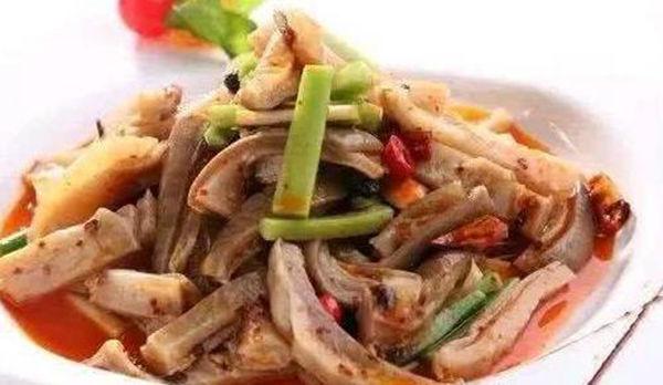 美食:青椒烧茄子,蜜汁叉烧肉,辣拌猪肚,泰式柠檬蒸鱼