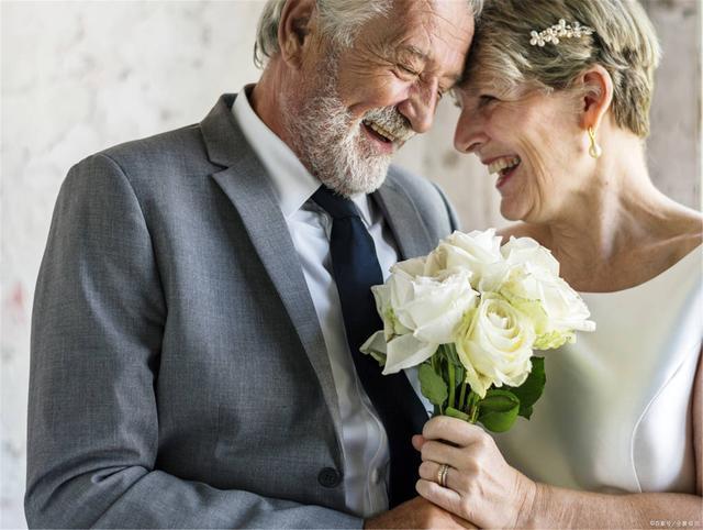 62岁阿姨:退休后打麻将,原本为了打发时间,却被有心人算计了