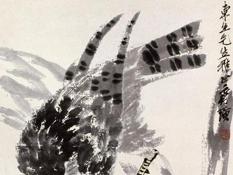 齐白石后期画鹰手法,汤发周说他多用浓墨焦墨阔笔点出,突出层次