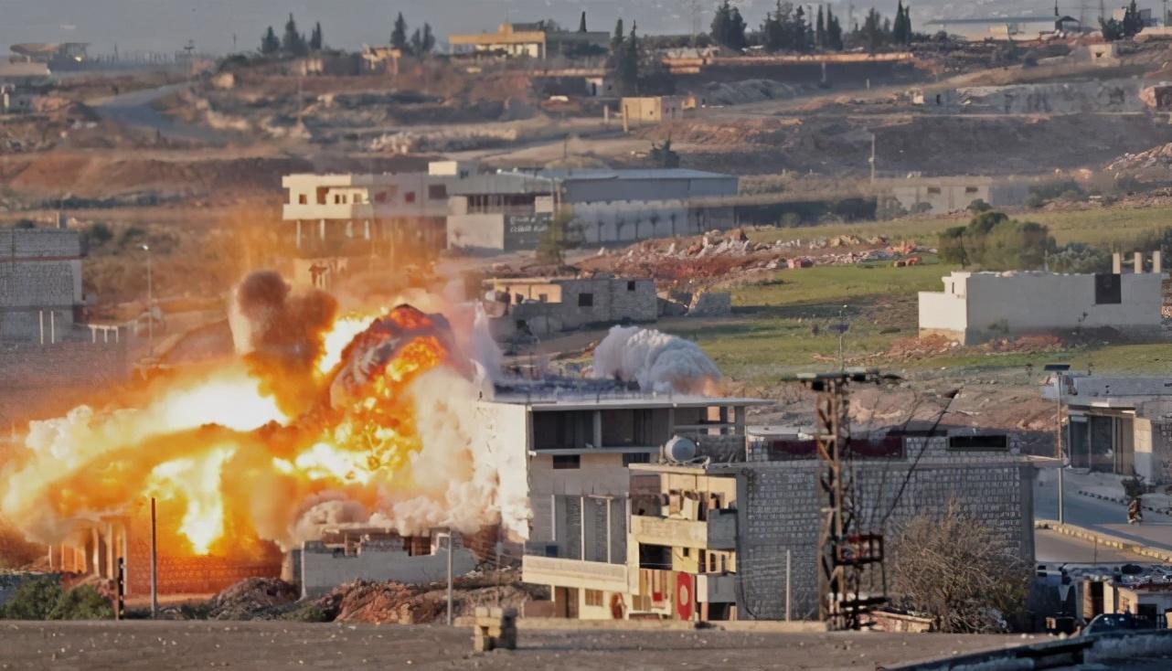叙军和库尔德猛烈交火!谁先开第一枪说法各异,俄急忙赶来救场