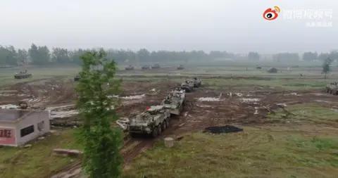 东部战区:第72集团军开展城镇攻防演练