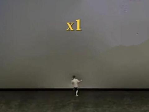 广东:电影结束后,小孩猛踹价值50万的幕布,期间未见家人阻止