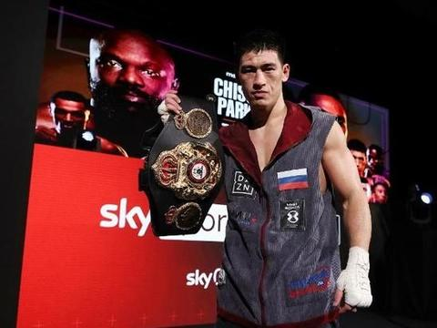 世界拳王比沃尔再次完成卫冕,志在统一职业拳击轻重量级