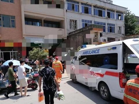 浙江温州一年轻女子坠楼死亡,现场让人揪心