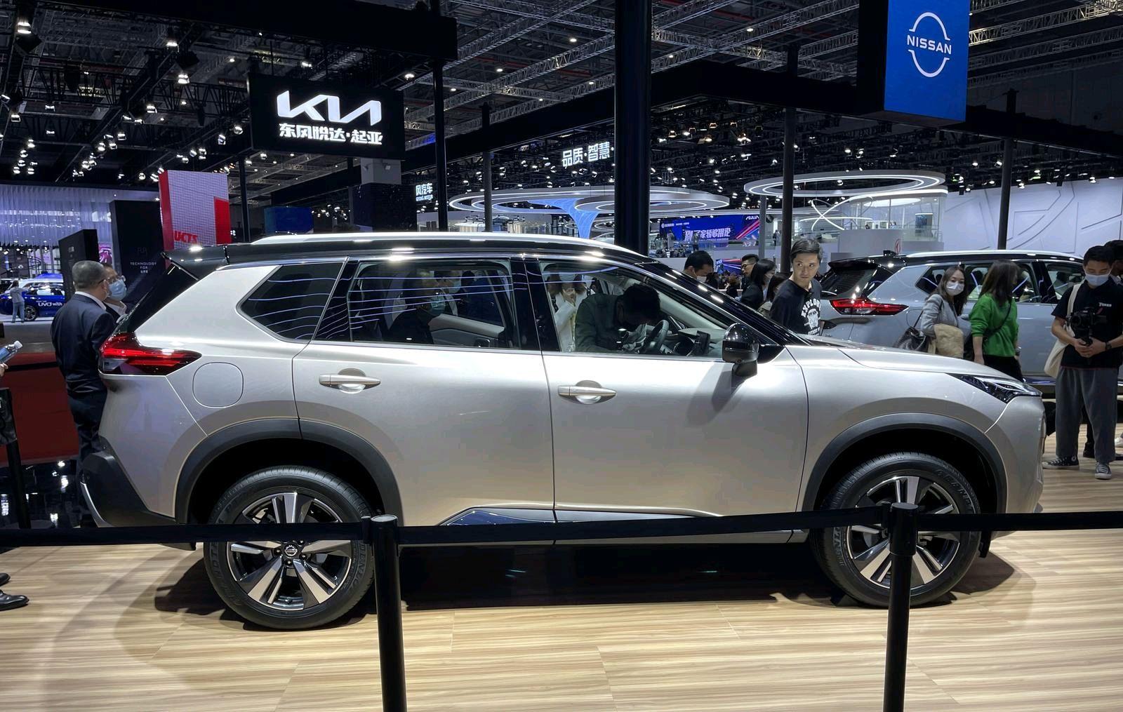 1.5T三缸+CVT,全新日产奇骏实拍,欧蓝德同平台+AWD真霸气