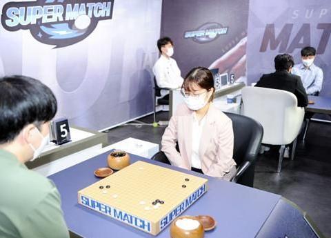 LG杯韩国预选赛第四轮,李昌镐顺利晋级,女棋手业余棋手全部出局