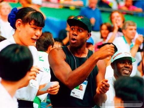 中国女篮第一人,2米06传奇中锋,婚后9年仍无孩,原因让人心疼!