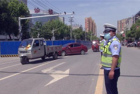 重拳出击!孝昌开展城区道路交通秩序综合整治行动!