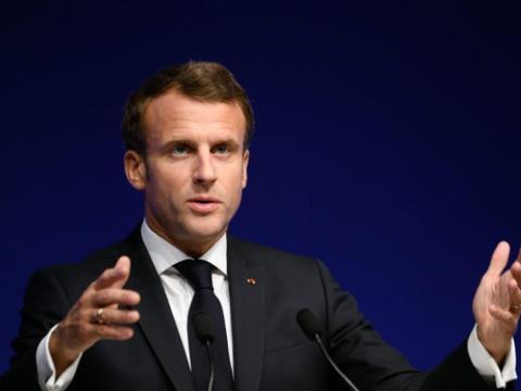 法国20名将军准备发动政变,马克龙亲美惹事了?
