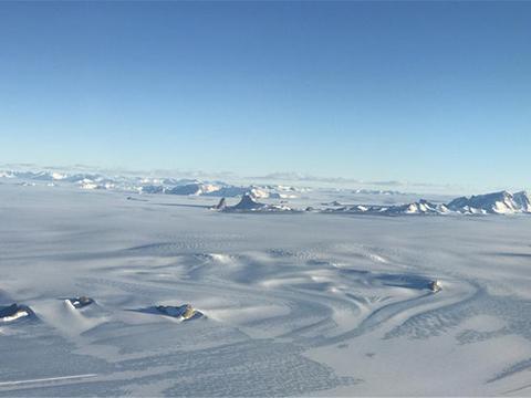 """南极冰下发现巨大""""火炉"""",冰川融化与它有关?霍金又说对了吗?"""
