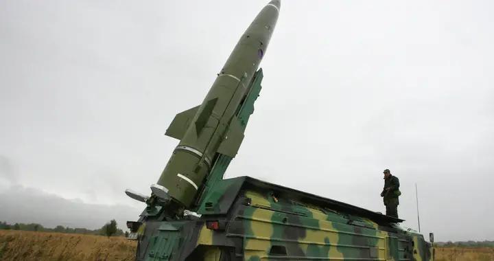 泽连斯基明确态度,乌克兰使出最后杀手锏,向克里米亚的俄军示威