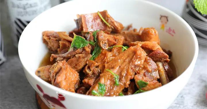 自从知道鸭肉可以这样做,我家一周吃3次,鲜香入味易脱骨