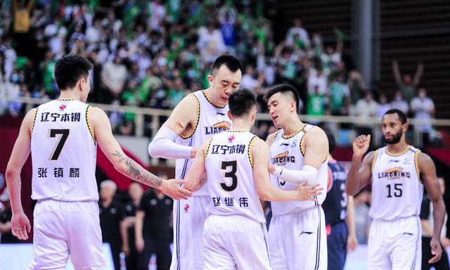 辽宁队8人合同到期,赵继伟还能拿到顶薪吗?