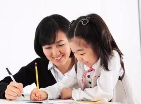 """写作业时没有""""母慈子孝"""",只有""""鸡飞狗跳""""?"""