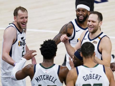 NBA收视率暴跌!球星低迷+比赛枯燥,单日4场分差达30+创纪录