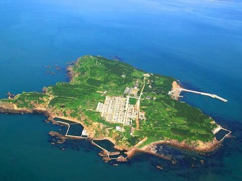 山东威海有座小岛,比厦门鼓浪屿还小,因爸爸去哪儿成了热门景点