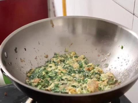 韭菜炒鸡蛋的正确做法,不出水不油腻,香味十足,好吃下饭,解馋