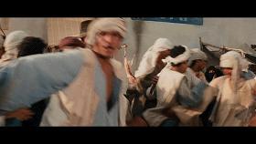 枫叶红了:贫困户家里炖羊肉,不料书记来串门,吓得赶紧躺下装病