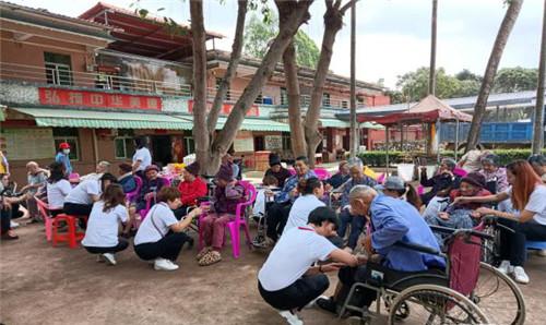 广东惠州:关爱老年人 暖心公益行