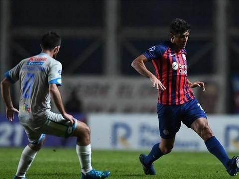 上海申花旧将献助攻,阿根廷劲旅获南美杯平局,球队中止两连败