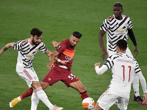 2-3,8-5,曼联淘汰罗马,卡瓦尼独造6球,恭喜红魔晋级总决赛!