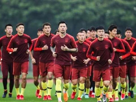 菲律宾主帅豪言要三连胜出线 国足提前一周集训备战