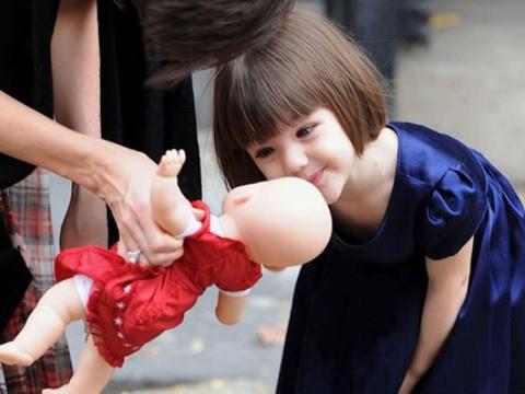宝宝起名字:吴姓女孩有涵养、清新好听的女孩名字