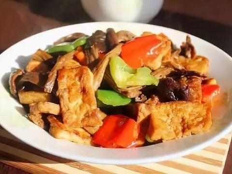 教你营养美味的茶树菇烩豆腐,简单易做又好吃下饭,每次都光盘