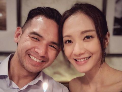 TVB小花罕见晒和老公恩爱合影 李亚男苟芸慧晒贴脸合影为其庆生