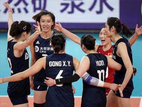 意大利主帅的一句话点醒了中国女排,郎平或要重新思考奥运阵容