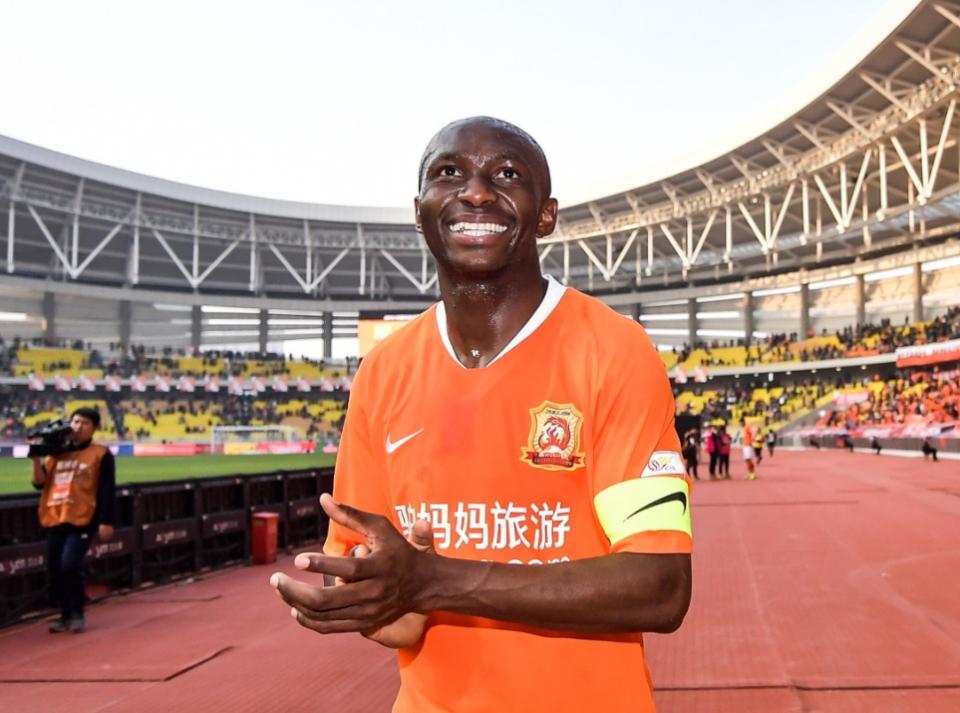 外媒评中超第三轮最佳阵容:武汉姆比亚上榜,上港2人,申花0入选