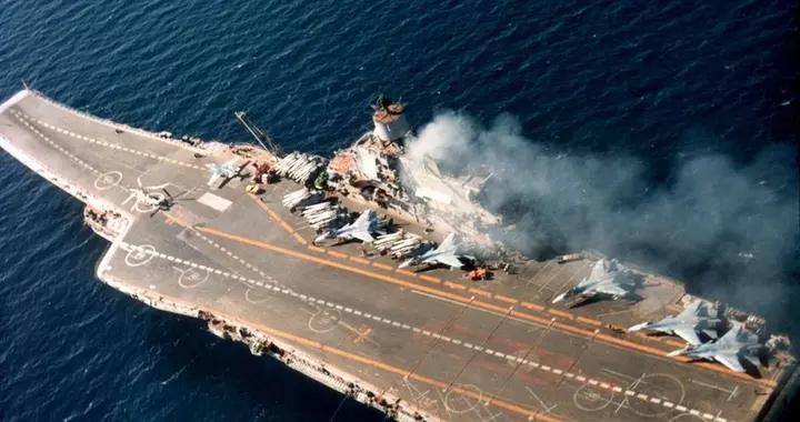 俄海军舰队司令再次提出航母无用论,理由如下,还真没法反驳