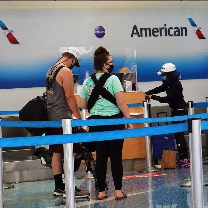 担心3岁残障儿童在航程中摘口罩 美航空公司将全家赶下飞机