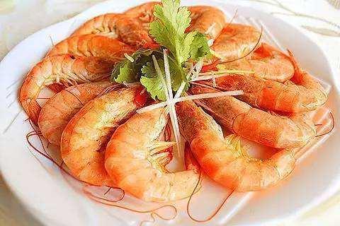 """煮大虾,直接下锅煮不对,掌握""""3点技巧"""",虾肉又鲜又嫩没腥味"""