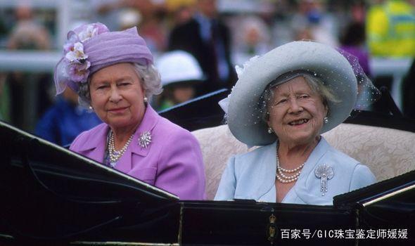 """英国王室演绎何为""""珍珠控"""",件件经典珍珠首饰,都充满传奇色彩"""