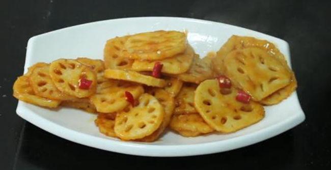 美食推荐:芝香豇豆,鸡蛋藕饼,辣炒鱿鱼,糖醋藕片的做法