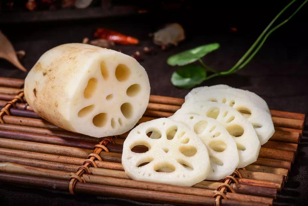 学会这样做豆沙藕丸子,营养丰富又香甜可口,好吃得停不下嘴