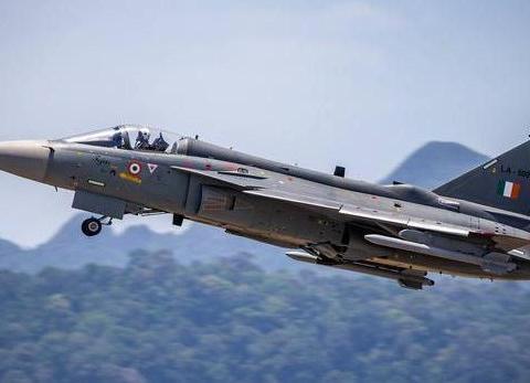 印度三十年磨出来的光辉战机,欲8500万出口,能卖出去?