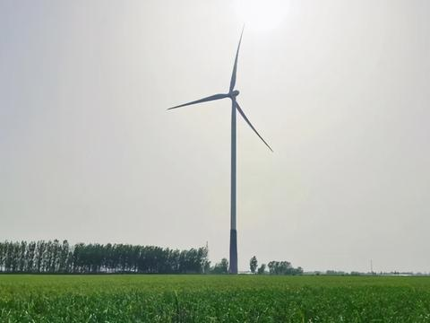国内首台155米超高钢混塔架正式步入商业化运行阶段