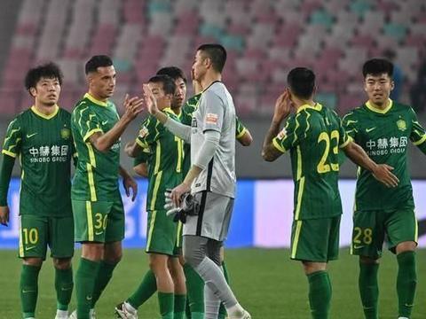 三场比赛过后,北京国安夺冠阵容浮出水面,球迷呼吁:重用张稀哲